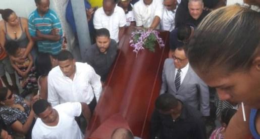Sepultan restos de Raudy Torres