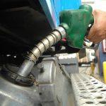 Industria y Comercio congela los precios de los combustibles