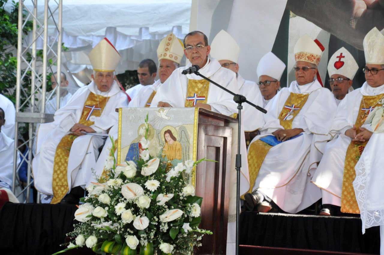 Cardenal define Haití como pueblo sufrido