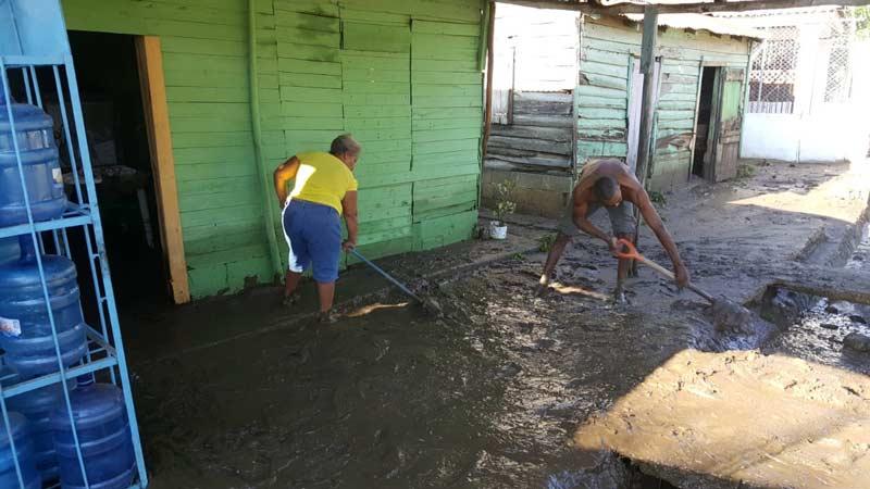 Aguaceros inundan al menos 80 casas en La Canela